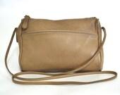 Vintage Tan COACH Bag - Distressed Brown Leather Shoulder Bag