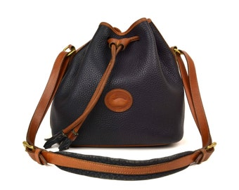 Vintage Dooney & Bourke Bucket Drawstring Bag //  Black and Tan All Weather Leather Shoulder Purse // Large 1980's DB AWL Bag