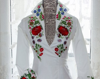 CLEARANCE Woodstock Festival Flower Embroidery White cotton shirt