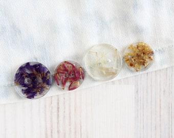Real Flower Buttons - HandMade Buttons - Custom Buttons - Resin Buttons