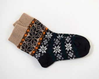 Knitted Wool Socks, Folk Pattern Socks - Black, Beige, White and Green, Size Large