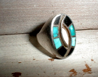 Native American Zuni Mens Ring Size 9 1/2 *Silver With Inlaid Stones* 22.4 Grams *Estate Collection*