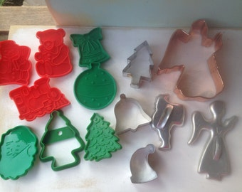 Mixed Lot Vintage Christmas Cookie Cutters, Vintage Christmas Decor and Crafting Supplies