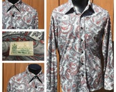 Vintage 1970s Long Sleeve POLYESTER Paisley DISCO Shirt  70s Paisley Shirt - Butterfly Collar 70s Shirt