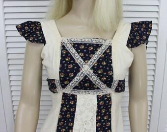 Vintage Girls Long Empire Dress Prairie Dress Boho Size 10 Junior