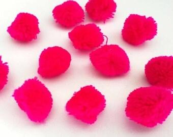 Hot Pink Medium Pom Poms 25 - Colors Craft Supply Pompoms - Hanging Pom Poms - Party Pom Poms - Yarn Pompoms Handmade Mini Pom Poms