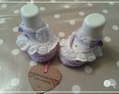 1 Pair Lilac Dainty Hand Knitted Baby Shoes  Girl  03 months  Made by Tootsietastic  READY TO SHIP