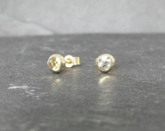 Little Pebbles - solid 9ct 9k gold stud post earrings, UK, custom made, hand made