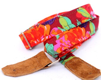Hibiscus Garden Hawaiian Ukulele Strap with Leather Ends