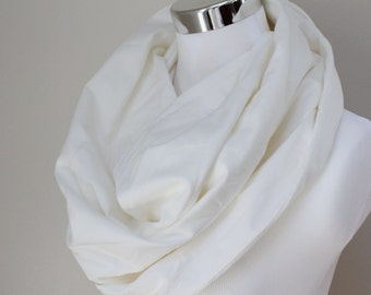 Organic Cotton Circle Scarf in White Knit // Infinity Scarf
