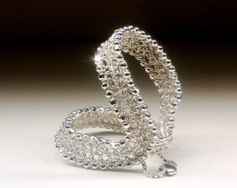 Two knuckle ring