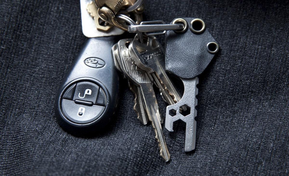 everyday carry keychain knife and bottle opener v2. Black Bedroom Furniture Sets. Home Design Ideas