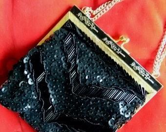Vintage black beaded sequined sml purse