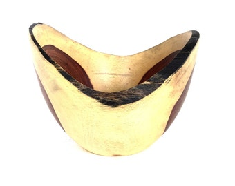 Wood Bowl No.160638- Coyote Natural Edge
