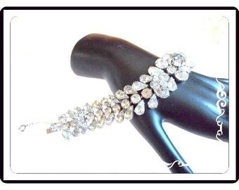 Vintage Eisenberg Rhinestone Bracelet - Clear Rhinestones - Rhinestone Y OverLay - Teardrops & Chatons on Silvertone - Brac-3337a-112614030