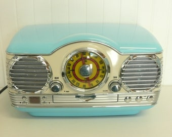 MINT Working Memorex Vintage AM/FM Radio and cd Player, Dashboard Styling, Original Color