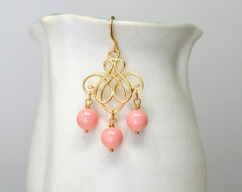 Swirl earrings Gold filigree earrings Peach bead dangle earrings Matte gold chandelier earrings Light orange drop earrings Summer jewelry