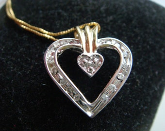 Heart Pendant w Diamonds