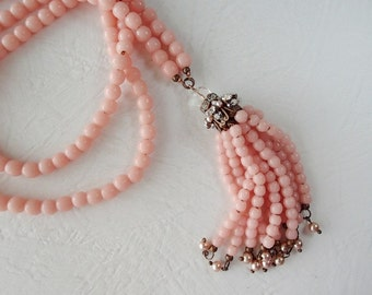 Pale Pink Art Deco Flapper Tassel Necklace. Romantic Jewelry in Great Gatsby Style Necklace. Long Necklace. Pink Jewelry