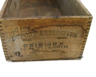 vintage long wooden Du Pont dynamite crate from the 1950's, primitive, rustic