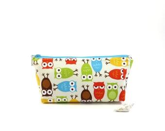 Owl print zipper bag, red, blue and red owls zipper pouch, bird zipper bag, kids pencil bag, cartoon kids pouch, art supplies bag