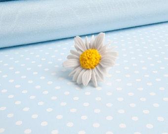 Daisy Lapel Pin