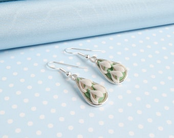 Snowdrop Dropper earring in a choice of metal finishes