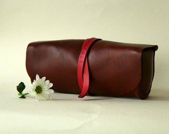 100% handmade leather make up case , pencile case, pouch, toolbag,handstitched ,brown leather,red , GENATI, man gift, woman