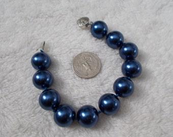 Beautiful South Seas Pearl Bracelet-Royal Blue
