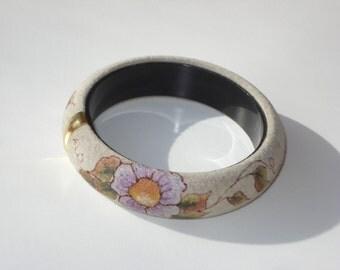 Suede Bangle Bracelet - Grey with Flowers - Vintage Retro Costume Jewelry 1990's