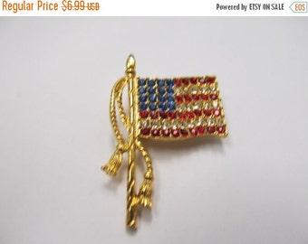 On Sale Vintage Rhinestone American Flag Pin Item K # 779