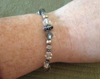 Vintage Silvertone and Beaded Bracelet, Length 8''