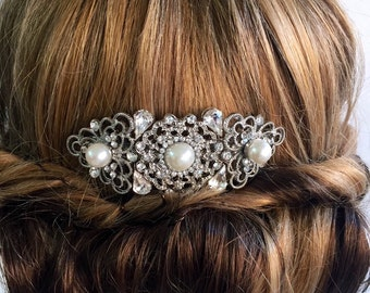 Bridal hair comb-Vintage style hair comb - Wedding hair comb ,  Bridal hair accessories , Art deco wedding headpiece. Veil comb