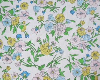 Vintage Sheet Fabric Fat Quarter - Pink Yellow Blue Floral - 1 FQ