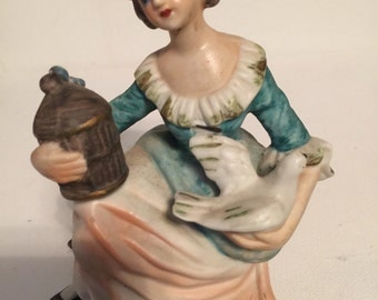 Lady Figurine Norleans