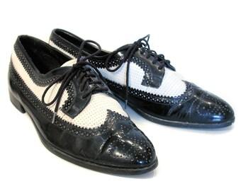 80s Men's Black White Wingtip Spectator Shoes, Italian Wingtips, Great Gatsby Men's Shoes, Giorgio Brutini, Size 10 D