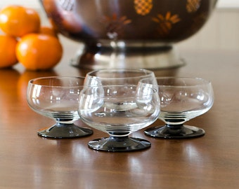 Miniature Black Base Cordials (Set of 4) - After Dinner Apéritif Shot Glass Shooter or Sorbet Cup - Vintage Home Barware