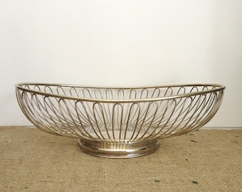 Silverplate wire basket, mid century modern, retro, minimalist urban loft style, home kitchen decor, industrial style