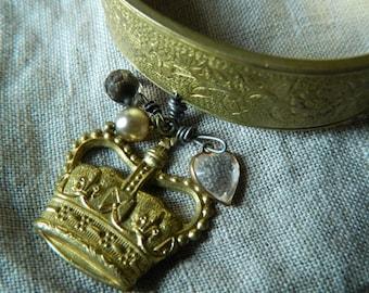 SALE 15% coupon code MARCH15 Vintage Cuff Bracelet Crown Charm 58diamond