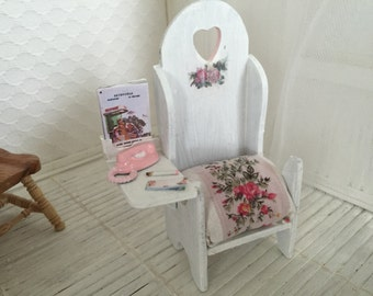 Dollhouse telephone bench  ( gossip bench) Free Shipping to the US