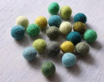 Nepalese handmade wool felt pom poms - GREEN BLUE mix, 20 pcs. handmade sheepswool pom poms from Nepal, wool felt balls, craft supplies - 20