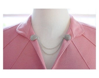 Sweater Guard Cardigan Clip Collar Clip Vintage Inspired Retro Jewelry - Priscilla