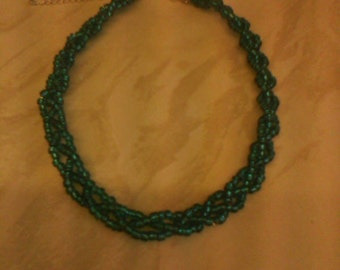 Blue seed bead plat necklace