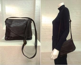 vintage brown leather flap shoulder bag // 1970s