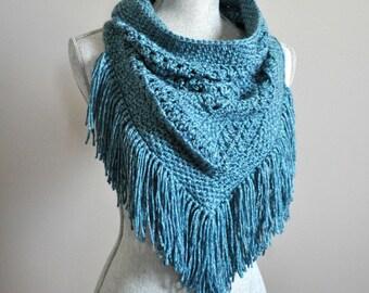 Lisa Triangle Cowl Crochet Pattern pdf