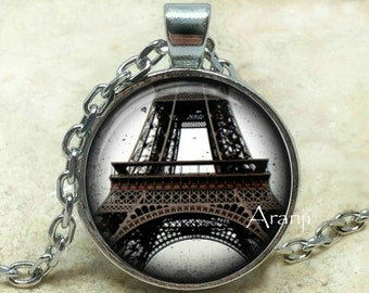 Eiffel Tower art pendant, Paris necklace, Eiffel Tower necklace, Eiffel Tower jewelry, Paris necklace, Paris pendant, Paris, Pendant #SP147P