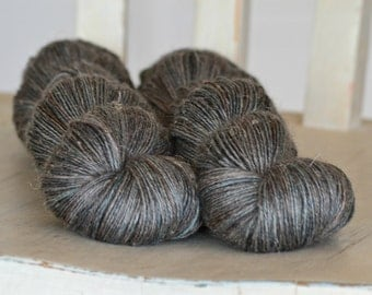 Alpaca Linen Silk - PEWTER - Suzy Parker Yarns - 50/25/25 - 100g 400 meters/437 yards
