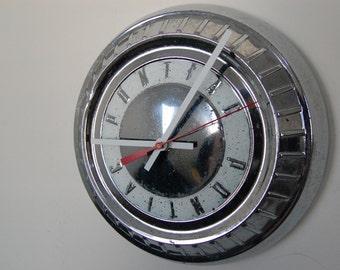 1950's Pontiac Hubcap Clock