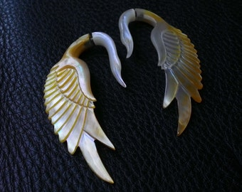 Fake Gauge Earring Tribal Swan Natural Yellow MOP Shell - Fake Ear Piercing (BLD-EFGS008)