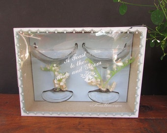 Wedding Toasting Glasses Vintage Champagne Glasses NOS Treasure Makers
